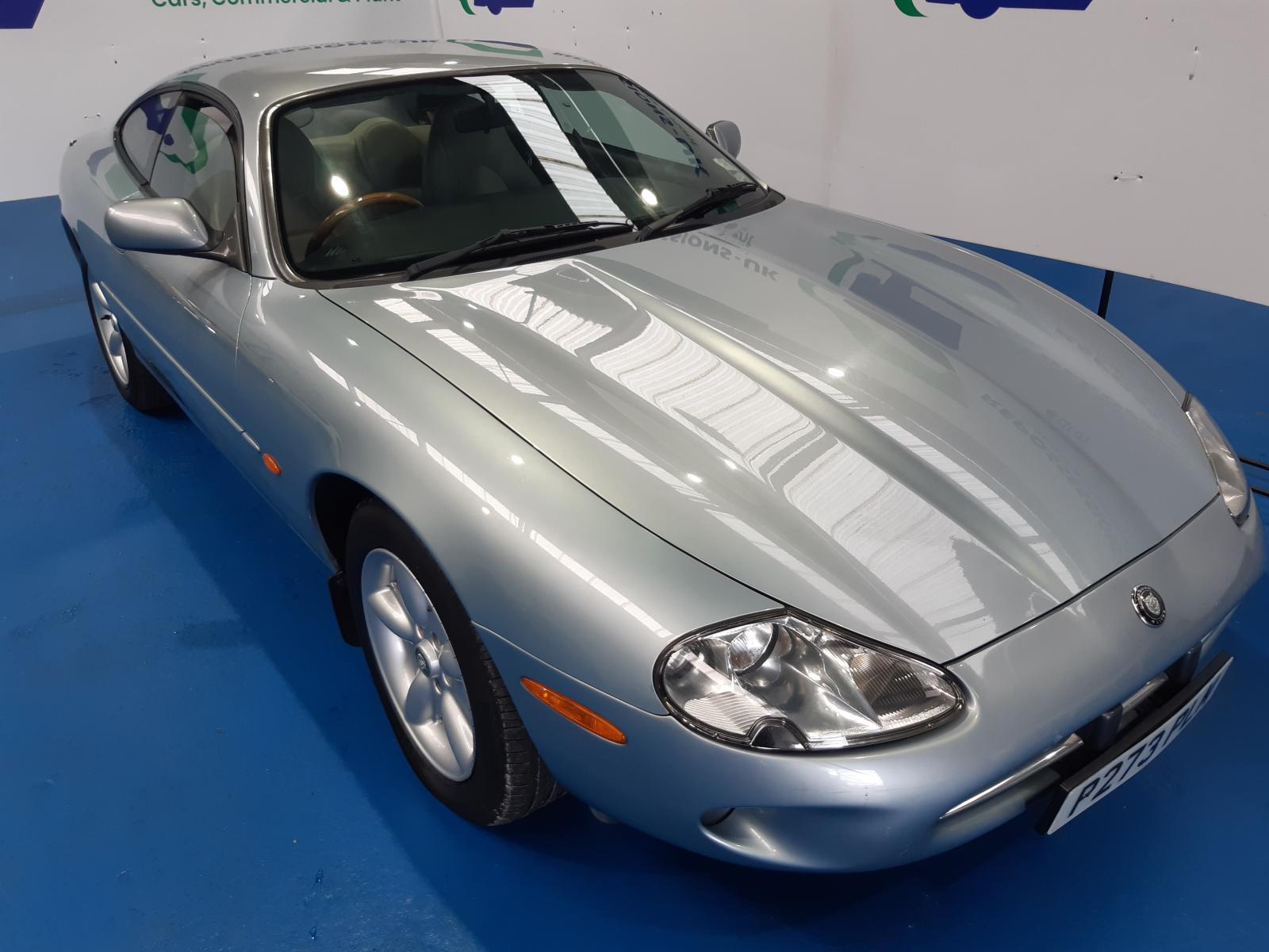 1997 JAGUAR XK8 X100 1996 On V8 COUPE